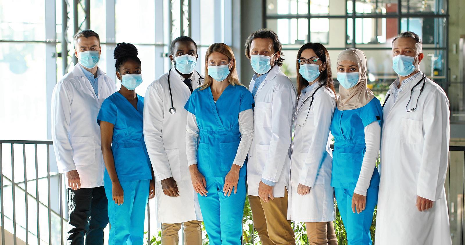 Portugal contrata Enfermeiros e Médicos Estrangeiros
